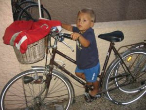 bike too big for this kid