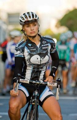 Liz-Hatch-cyclist
