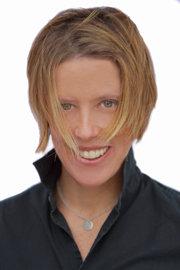 Shannon Headshot